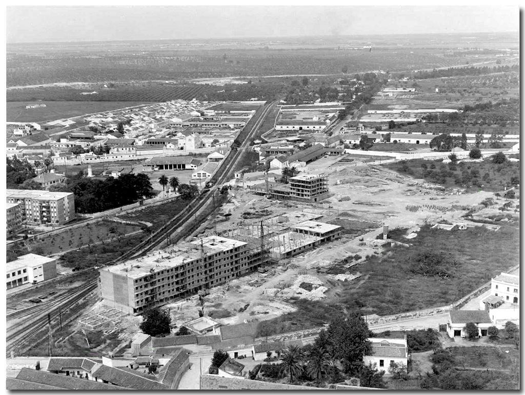 Vista aérea construcción Bda. La Moneda.