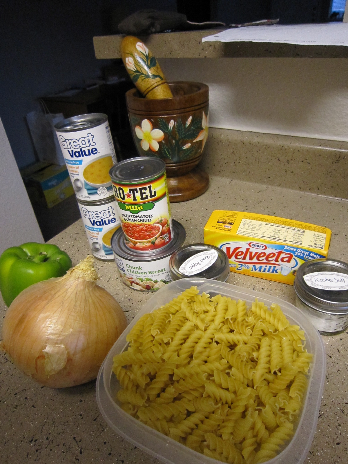 Living a Changed Life: Recipe Review: Crockpot Cheesy Chicken Spaghetti