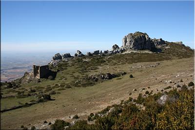 Vista del Santuario camino de la cima