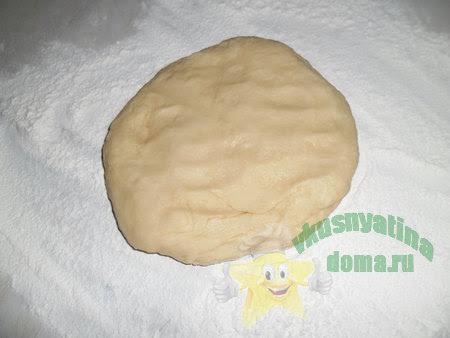 Как приготовить тесто для вкусной домашней пиццы без дрожжей