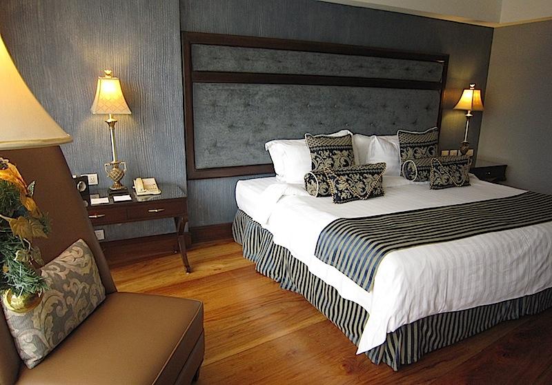 deluxe room in Hotel Céleste