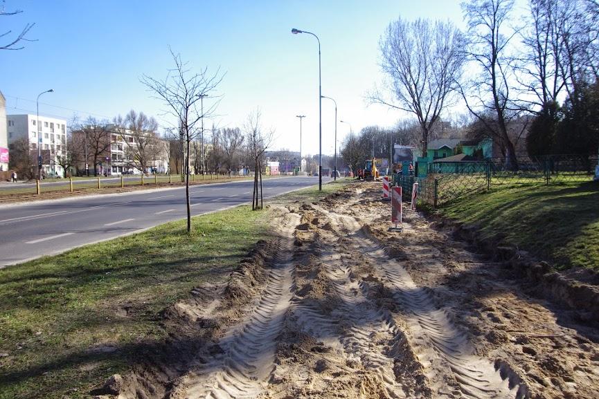 Widok na południe - w oddali skrzyżowanie z ul. Felsztyńskiego.
