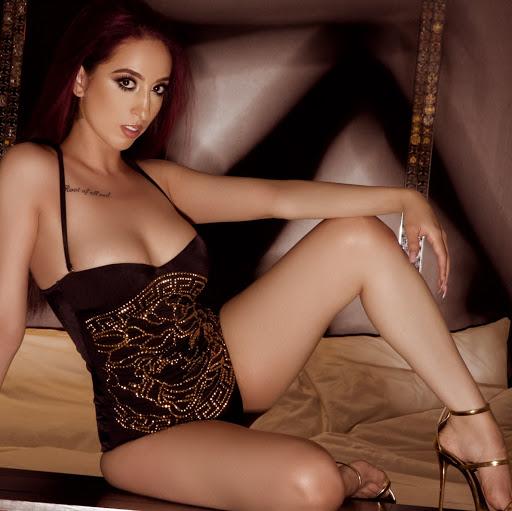 Sonya Martinez Photo 18