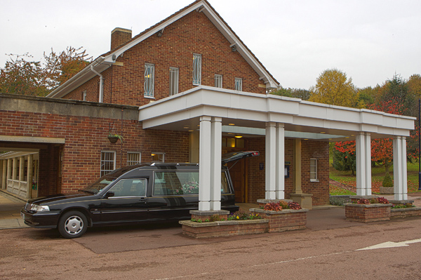 Porte cochere at Vinters Park Crematorium