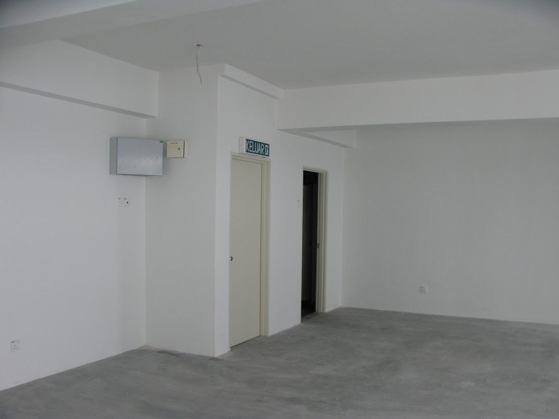 1st floor entrance
