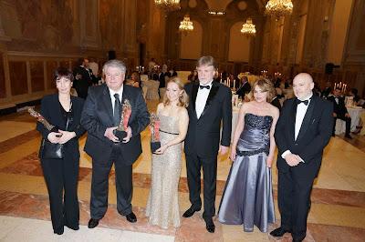 Premio 2015: i premiati L.Gardin, A.Ravaglioli, K.Cibulkova, l'on. Jarjabeck e Zuzana e Pierluigi Solieri