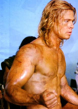 Brad Pitt en el papel de Aquiles en Troya