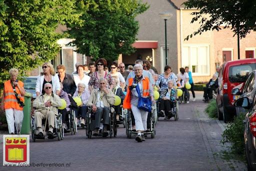 Rolstoel driedaagse 26-06-2012 overloon dag 1 (50).JPG