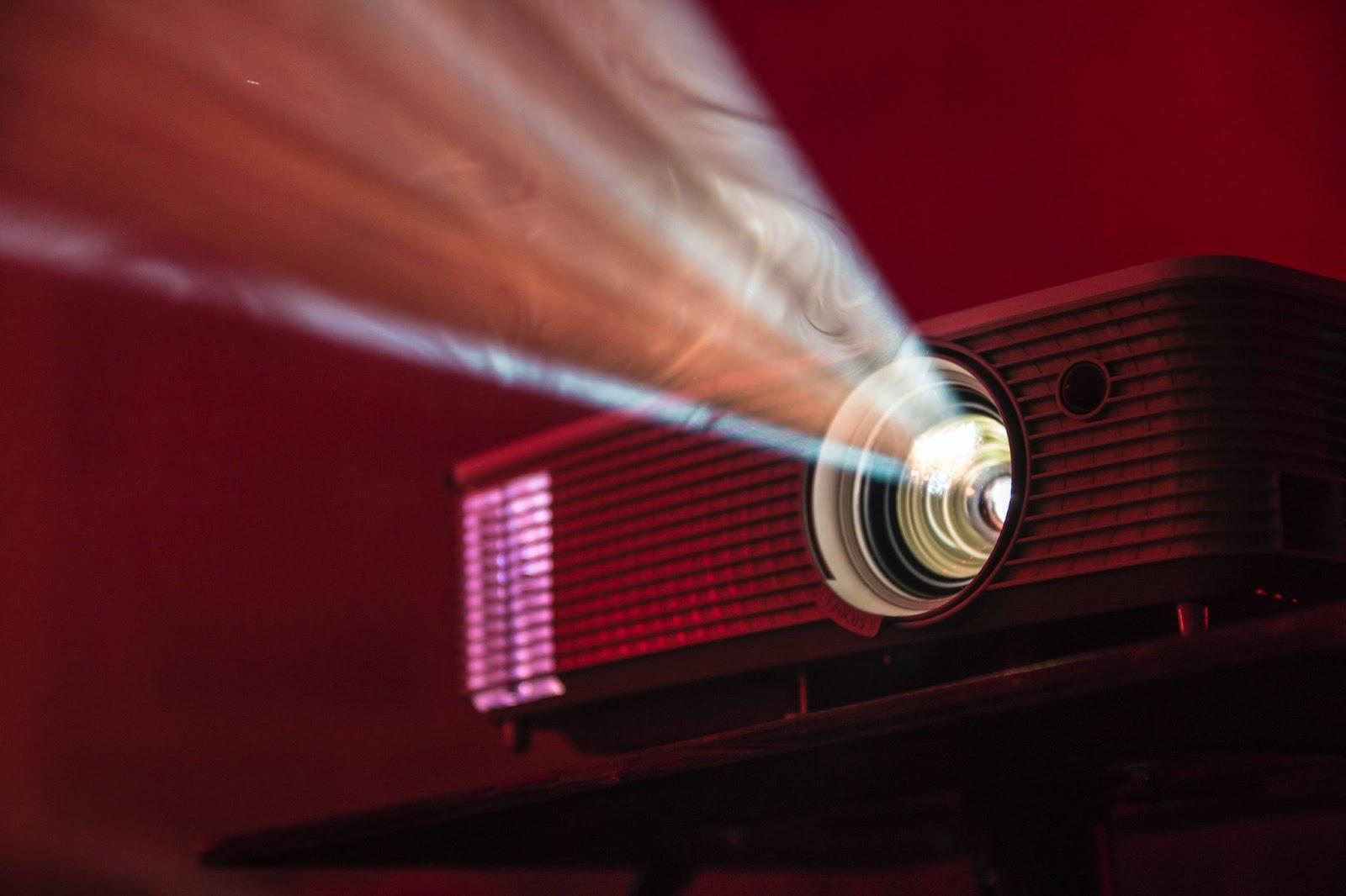 proiettore-cinematografico