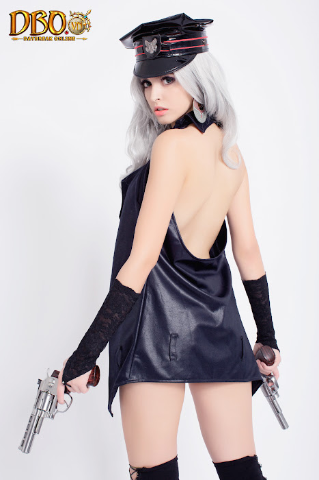 Mẫu Tây Andrea chụp ảnh cosplay cho Daybreak Online - Ảnh 4