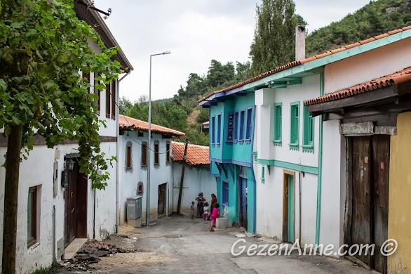 Bursa Misi (Gümüştepe) köyü sokakları