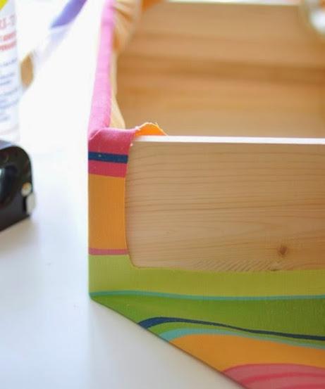 987d1021a18 Caixa em MDF revestida com tecido passo a passo