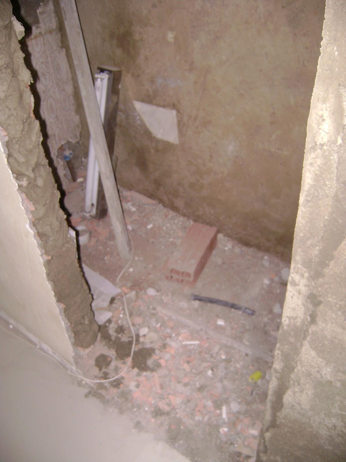 dividimos em um lavabo com uma pequena modificação no  #8D853E 1200 1600