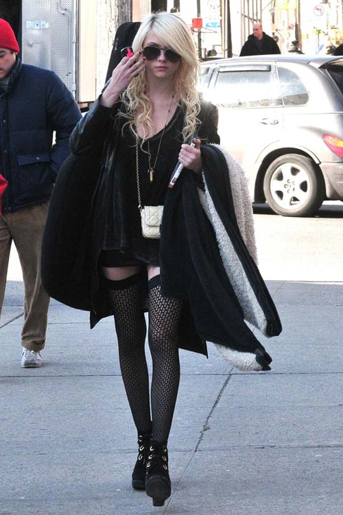 Taylor Momsen Is A Bit Early For Halloween(18pics)  #celebrities:celebrities
