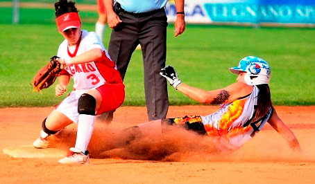 Italian Softball League - Bollate domina, La Loggia perde