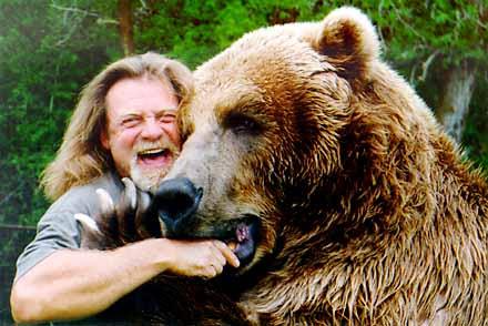 Urso pardo vs Urso polar Bartbear