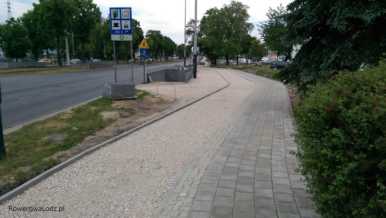 Przejścia podziemne w okolicach skrzyżowania z ul. 3 Maja