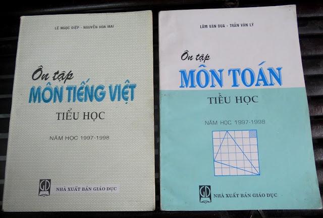 Sách giáo khoa tiểu học cũ - nơi lưu giữ từng trang ký ức DSCN2726