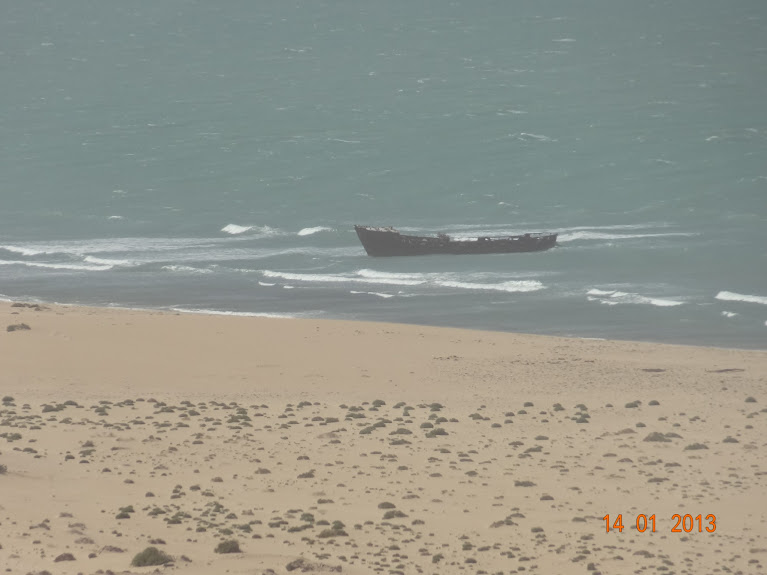 Marrocos e Mauritãnia a Queimar Pneu e Gasolina - Página 5 DSC05826