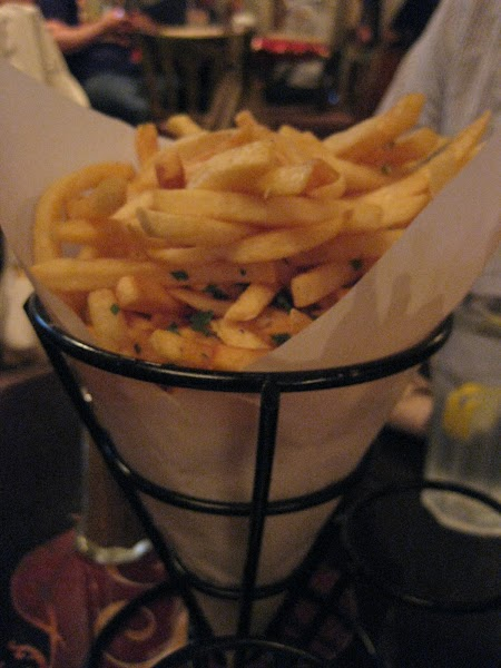 ARTDAMAGE Garlic Fries