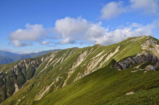 笠ヶ岳山荘への稜線