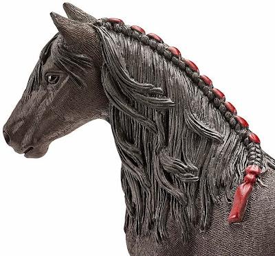 Đồ chơi Mô hình Ngựa cái Friesen Mare được sơn vẽ thủ công rất tỷ mỉ, màu sắc bắt mắt