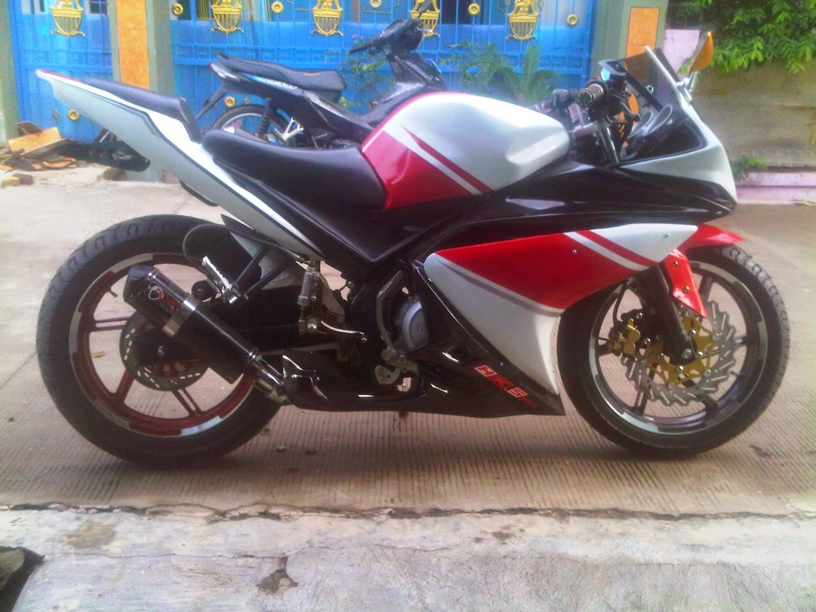 Modifikasi New Vixion Full Fairing R125