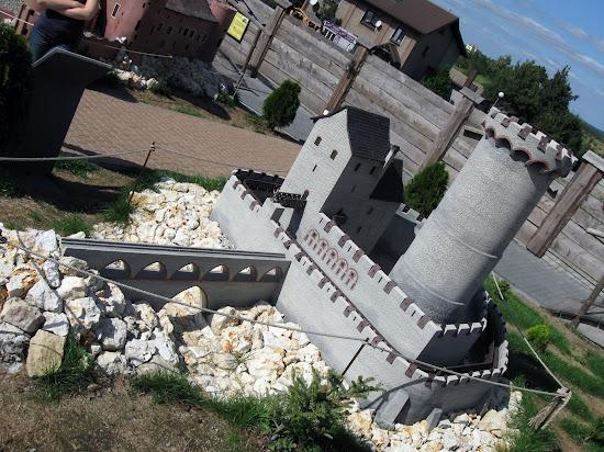 zamek będzin makieta w ogrodzieńcu