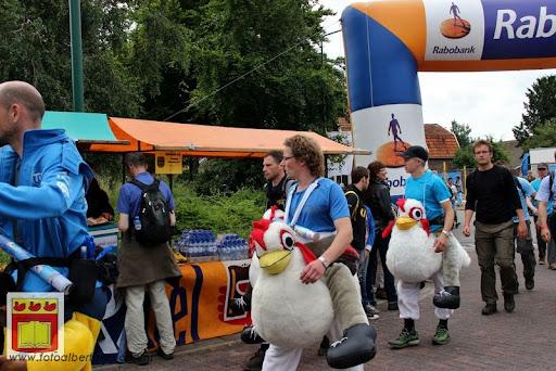 Vierdaagse van Nijmegen door Cuijk 20-07-2012 (39).JPG