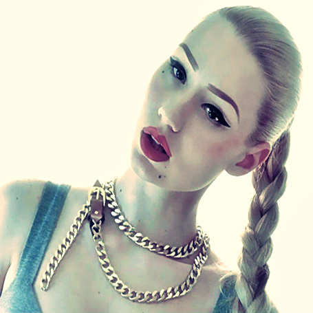 Iggy Azalea - Golddust Lyrics - 10-15-2012