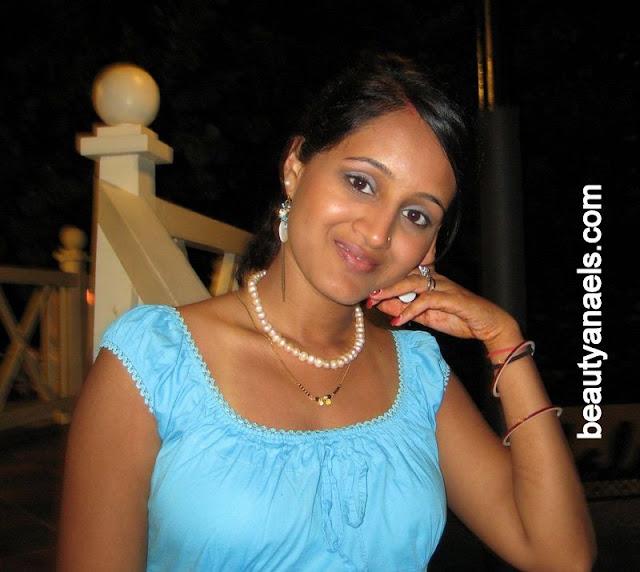 Indian bhabhi boobs pics-3589