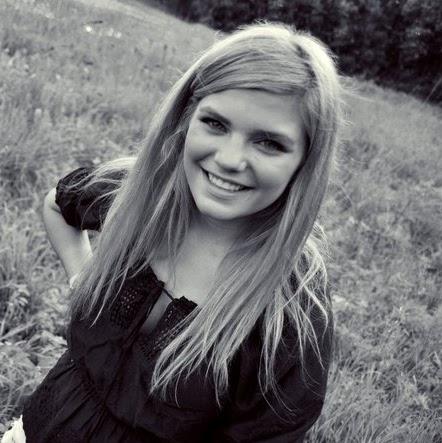 Rebecca Reitz Photo 17