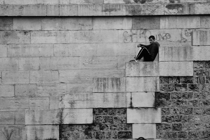 on the steps to the Seine