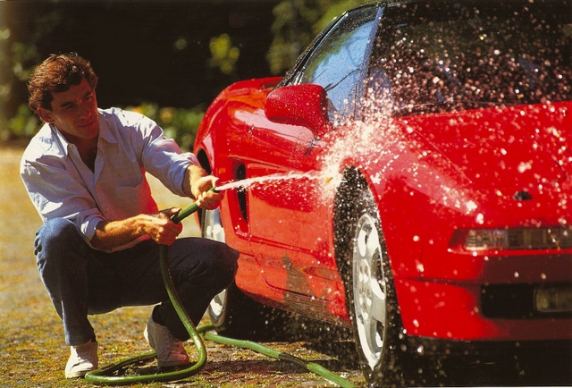 Ayrton Senna washing his NSX