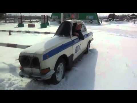 سيارة الشرطة الروسية