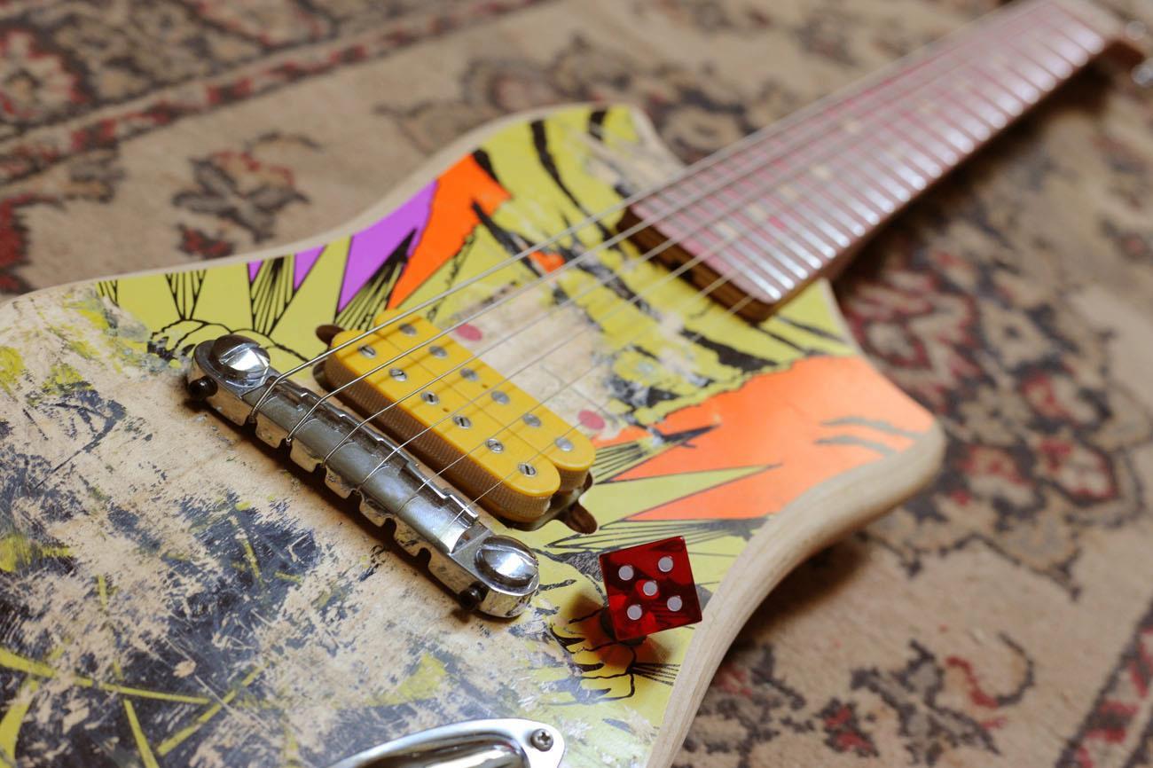 *Skate Guitar 回收再生:電音滑板吉他! 1