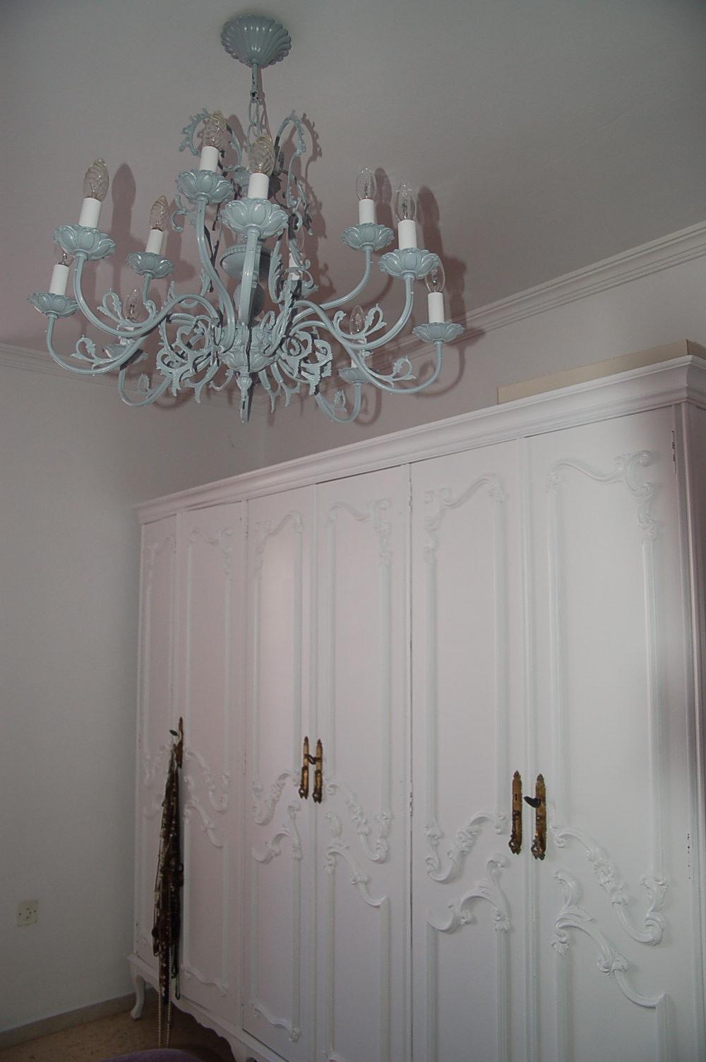 Antes y despu s de la l mpara y el armario de xisca - Tulipas para lamparas de techo ...