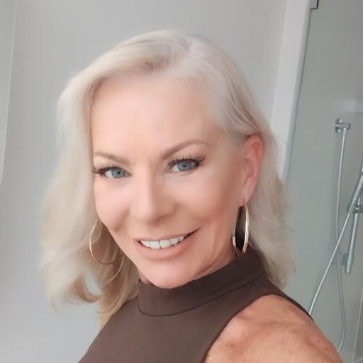 Linda Standley