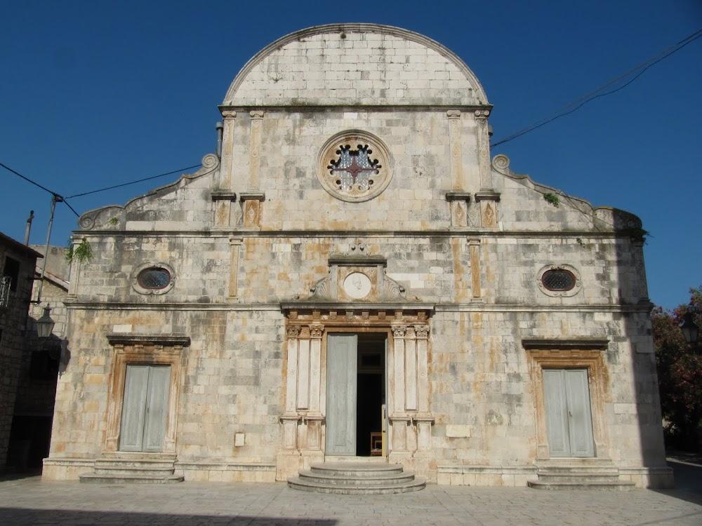 Building in Stari Grad