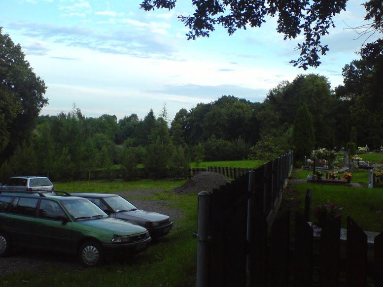 Parking przy cmentarzu