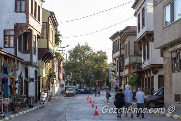 Bursa, Trilye sokakları