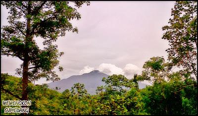 Gunung Tampomas