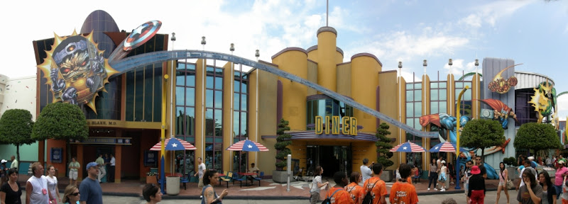 [Floride 2011 - Trip Report] WDW,DCL,USO,IOA,KSC,DC,BG,SW,ETC ... - Page 5 Pano_IOA_Marvel