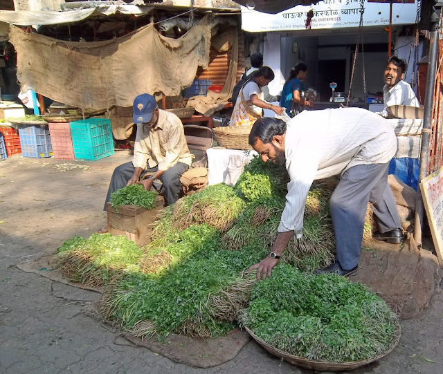 vegetable vendors in market