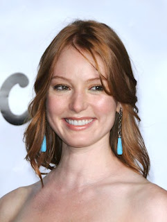 Alicia Witt Sexy Pictures and Images