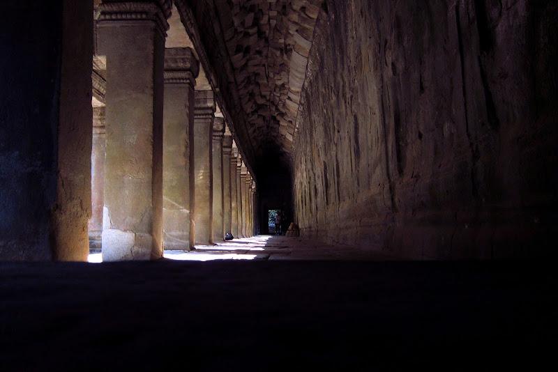 Ta Prohm corridor