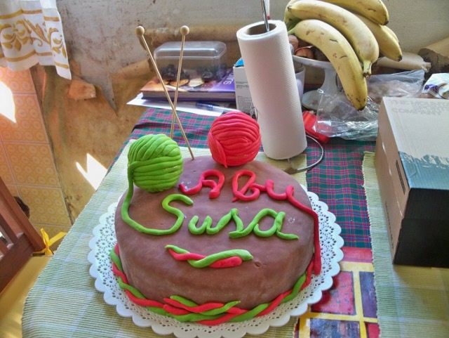 yarn cake