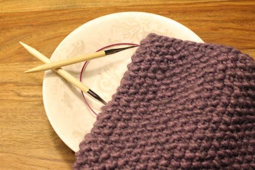 Coll de punt d'arròs / Seed stitch knitted cowl
