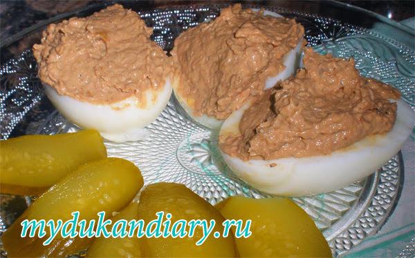 яйца фаршированные паштетом