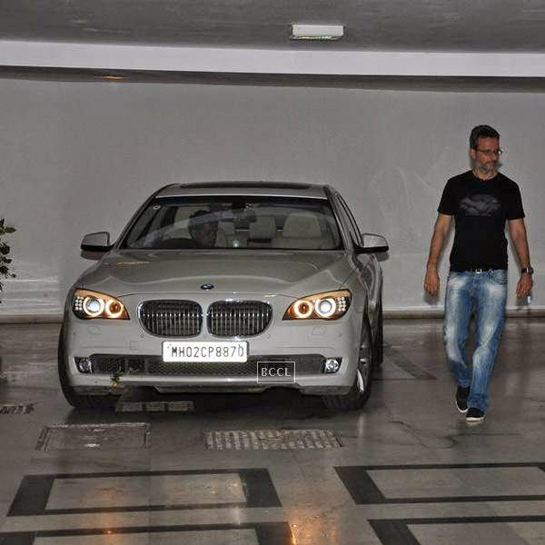 Anil Thadani leaves after attending Karan Johar's party, organised at his residence, on July 26, 2014.(Pic: Viral Bhayani)
